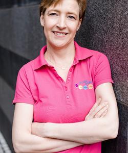 Frau Marion Beyer