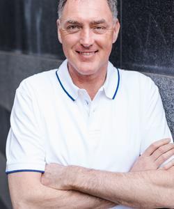 Zahnarzt Herr drs. Bart Alink