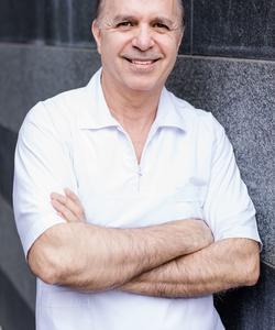 Zahnarzt Mehrdad Mahmoudian